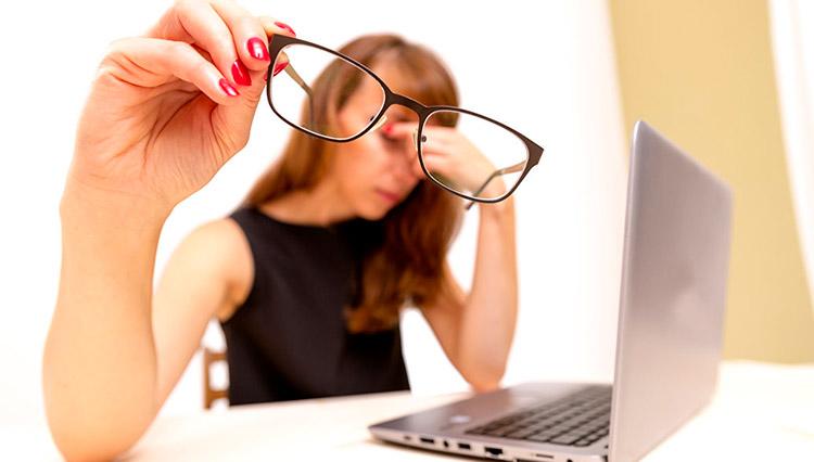 30-40% пациентов с дистрофией страдают близорукостью