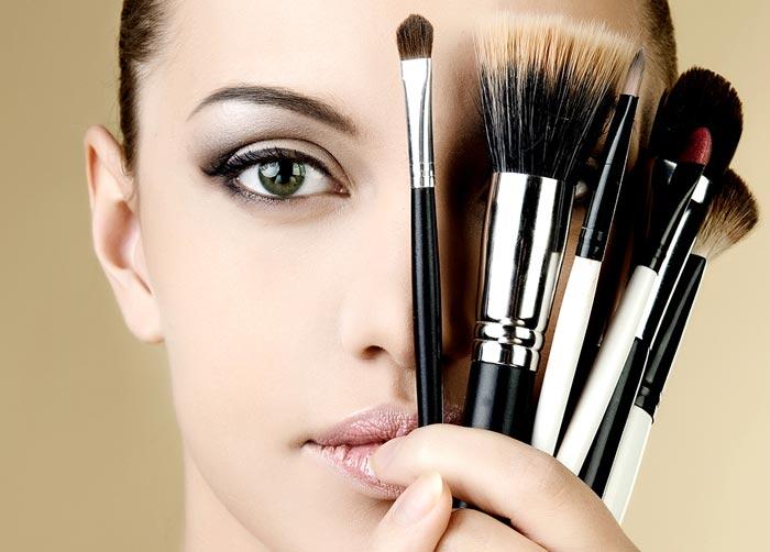 Как снимать линзы перед макияжем