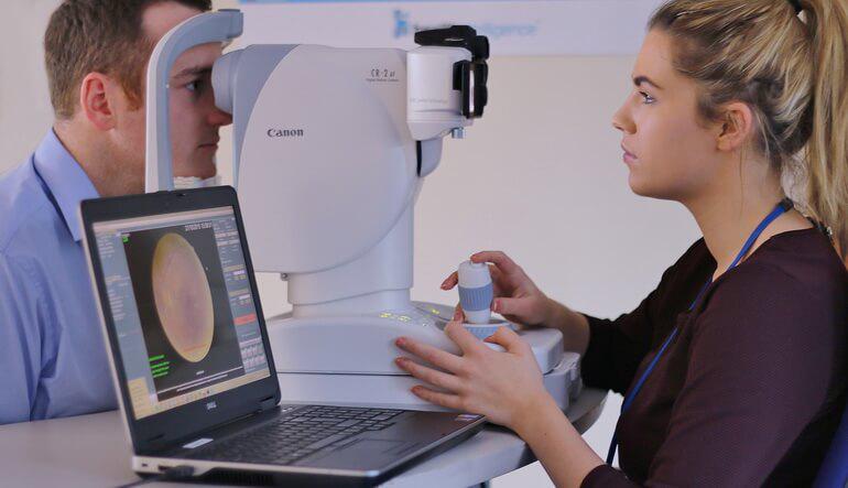 Инсульт становится причиной возникновения нарушений зрения